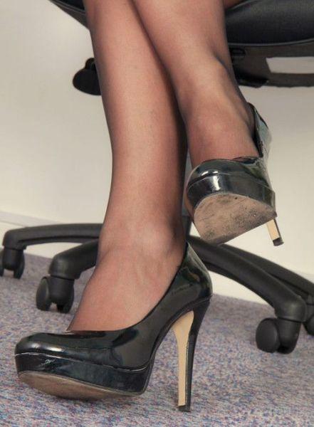 Cherche hommes pour massage coquin pieds et jambes