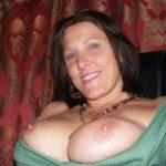 Femme mature impudique cherche sensations extra fortes