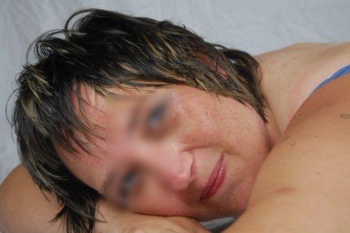 Femme divorcée recherche un homme cochon
