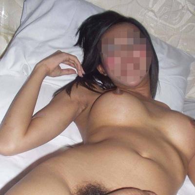 Jolie étudiante sur Dax recherche mari infidèle pour du sexe