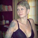 Blonde tatouée et percée cherche relation adultère