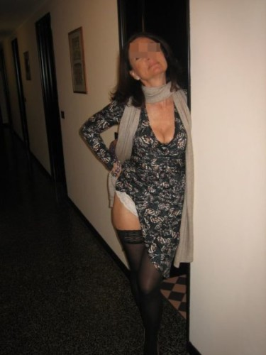 Cougar bordelaise en manque, hâte de faire de nouvelles rencontres