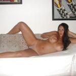 Brunette pulpeuse en manque ch son fuckfriend dans le 33