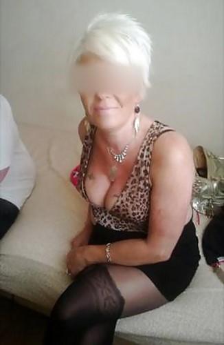 Femme mature à Bordeaux pour un bon plan baise