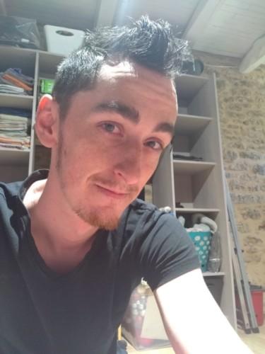 Jh 27 ans cherche plan sexe sur Sarlat ou Px